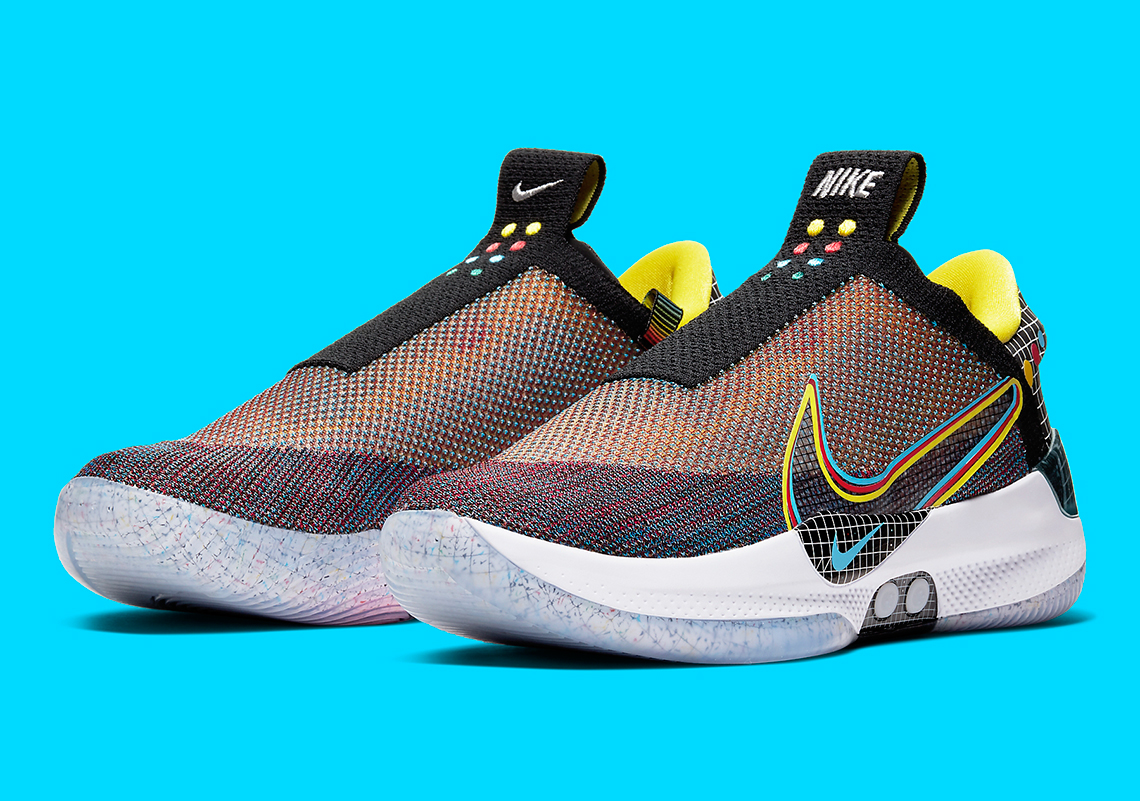 Nike Adapt BB en version « Multicolor »